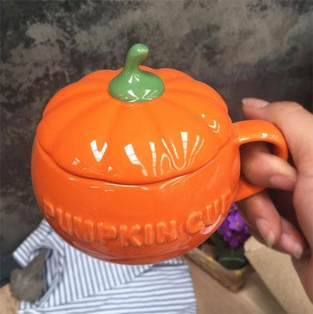 керамическая кружка на Хэллоуин