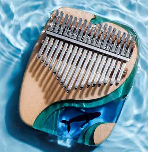 необычный подарок - музыкальный инструмент Калимба